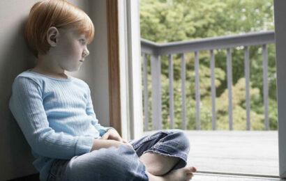 Застенчивый ребенок фото