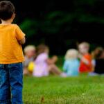 """<span class=""""title"""">Что делать, если ребенка не принимают сверстники в детском саду?</span>"""