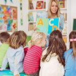 """<span class=""""title"""">Няня или детский сад, что лучше выбрать?</span>"""