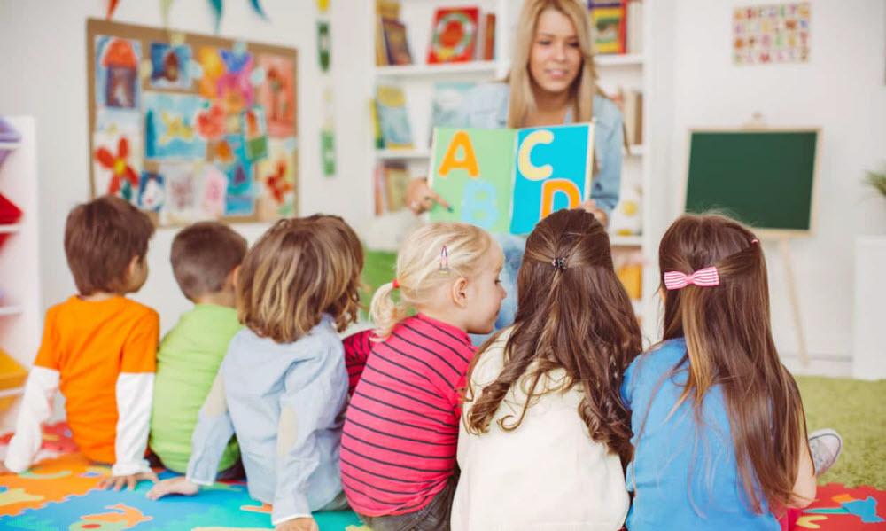 Дети учат английский, фото