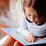"""<span class=""""title"""">Как привить ребенку любовь к чтению с дошкольного возраста?</span>"""